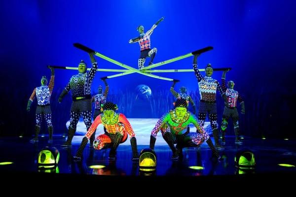 cirque totem glow